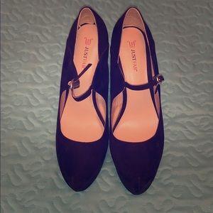 JustFab closed toed suede heels